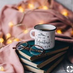 Photography coffee mug good books 15 Super ideas Flatlay Instagram, Fashion Blogger Instagram, Instagram Life, Autumn Aesthetic, Book Aesthetic, Coffee Photography, Lifestyle Photography, Fashion Photography, Photography Articles