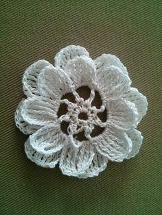 World crochet: Flower 2