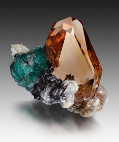 Topaz | #Geology #GeologyPage #Mineral Localit