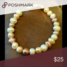 Hawaii Pearl Bracelet Got these pearls at a little bead shop in Hawaii. Creation Central Jewelry Bracelets