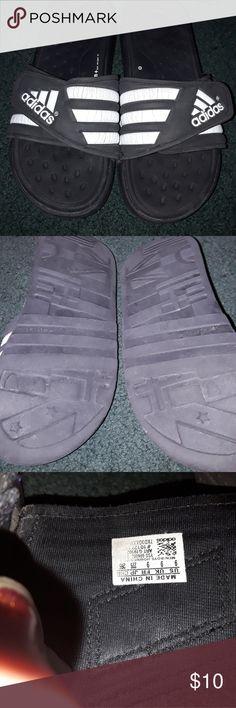 Adidas sandalias talla 9 Adidas negro caja dice unisex, sin embargo