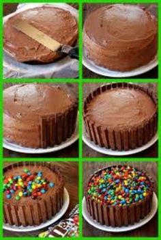 Kit Kat Kuchen - Sweets For My Sweet - kuchen kindergeburtstag Torta Candy, Candy Cakes, Cupcake Cakes, Bolo Kit Kat Receita, Torta Kit Kat, Kitkat Torte, Just Desserts, Delicious Desserts, Yummy Treats