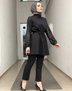 Modest Fashion Hijab, Stylish Hijab, Hijab Style Dress, Modern Hijab Fashion, Hijab Look, Casual Hijab Outfit, Hijab Chic, Abaya Fashion, Muslim Fashion