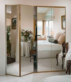 In the past, when talking about bifold closet doors , the first thing that comes to mind is the type of bifold doors with slats and knob. Mirrored Wardrobe Doors, Sliding Door Wardrobe Designs, Best Wardrobe Designs, Mirror Closet Doors, Mirror Door, Wardrobe Ideas, Closet Ideas, Closet With Mirror, Mirrored Bifold Closet Doors