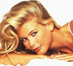 claudia schiffer pictures | Claudia Schiffer pictures, picture gallery, photos, pics, snaps, high ...