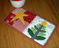 Mug Rug Pattern Free Size | Quilted Mug Rugs Patterns http://www.craftsy.com/pattern/quilting/home ...
