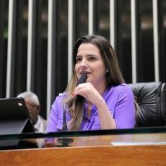 VISÃO NEWS GOSPEL: Clarissa Garotinho é expulsa do partido por ter vo...