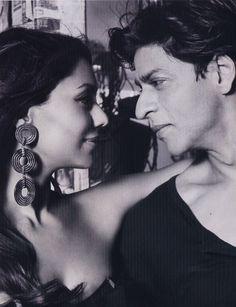 ShahRukh Khan: The Biggest Bollywood Superstar Ever ! Bollywood Stars, Bollywood News, Sr K, Indian Star, Star Wars, Acting Skills, Mel Gibson, Light Eyes, Fantasy Male