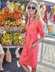 In a soft, cotton slub fabric, this shirt dress is ideal for weekends or lazy holidays. The relaxed shape can be nipped in with a tie waistband or left loose for ultimate ease. We finished it off with pockets and fun colour pops under the collar and sleeve tabs.