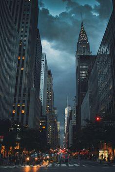 Manhattan, New York City (Source: mondayne, via h4ilstorm)