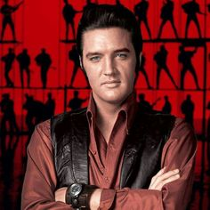 NBC offered Steve Binder the role of producing a Christmas special starring Elvis Presley . King Elvis Presley, Elvis Presley Photos, Elvis Presley Young, Hollywood Studios, James Dean, James Bond Soundtrack, Rock And Roll, Elvis 68 Comeback Special, New James Bond