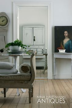 🌟Tante S!fr@ loves this📌🌟Gerelateerde afbeelding Swedish Interiors, Scandinavian Interior Design, Scandinavian Furniture, Scandinavian Style, Swedish Decor, Swedish Style, Nordic Style, Country Interior, French Interior