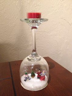 30 Cheap and Easy Homemade Wine Glasses Christmas Candle Holders Diy Snowman Decorations, Christmas Table Decorations, Christmas Wine Glasses, Wine Glass Candle Holder, Glass Candle Holders, Snow Globe Crafts, Wine Glass Crafts, Christmas Candle Holders, Homemade Wine