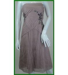 Coast - Size 12 - Pink embellished - Evening dress Have ordered this one! Coast Dress, Evening Dresses, Formal Dresses, Size 12, Pink, Fashion, Evening Gowns Dresses, Dresses For Formal, Moda