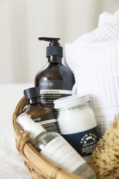 23 Creative Gift Baskets for Any Occasion - Momology - 23 Creative Gift Baskets for Any Occasion – Momology - Creative Gift Baskets, Creative Gifts, Shower Kits, Home Spa, Beauty Photography, Product Photography, Bathroom Styling, Bath And Body, Design