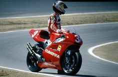 John Kocinski and more importantly a great photo of the Cagiva 500.