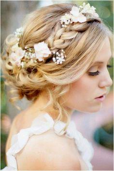 5 Glamorous Wedding Updos for 2015