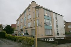 Studio te koop in De Panne - 45 000 € STUDIO TE KOOP TE DE PANNE : studio te koop op wandelafstand van zee. Klein gebouw. Lage syndickosten. Referentie 1016758