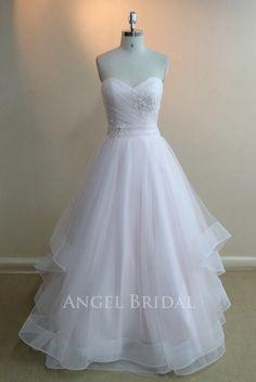 Aligne robe de mariée Tulle rose de lumière robe de par AngelBridal, $229.00