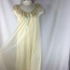 Shadowline Vintage Nylon Nightgown Size Small Ivory w/ Lace Trim Sheer Overlay #Shadowline