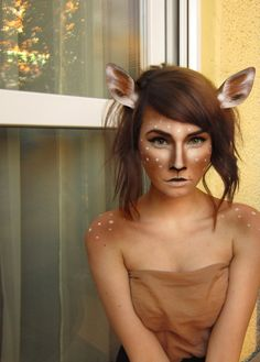 Amazing Animal Makeup Looks You Can Easily Rock This Halloween - Reh Kostüm Damen Looks Halloween, Halloween Costume History, Deer Halloween Makeup, Halloween Mono, Halloween Inspo, Cute Halloween Costumes, Halloween Cosplay, Halloween Photos, Amazing Halloween Makeup