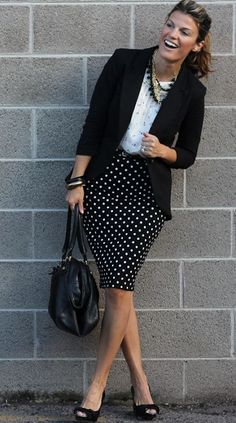 Hey females, don't miss away this great post that consists of voguish outfit strategies with a pencil skirt. A pencil skirt is probably the bits of cloth t Casual Work Outfits, Work Attire, Office Outfits, Work Casual, Cute Outfits, Business Professional Outfits, Professional Dresses, Professional Women, Look Office