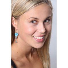 Oorbellen met lichtblauwe bloemetjes en zilveren blaadje - http://www.onlinejuwelenkopen.be/lichtblauwe-oorbellen-met-blaadje?search=blauw&page=3