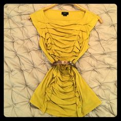 Anthropologie top Chartreuse colored, cotton, and fits to curves. Anthropologie by Deletta. Wore maybe twice. No holes, no stains. Great summer top dressed up or down. Length hits hips. Anthropologie Tops