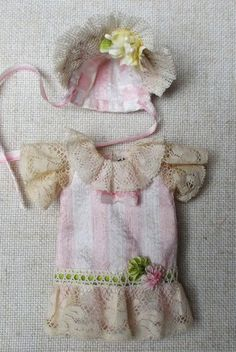 Antique style outfit in pink striped natural silk for mignonette