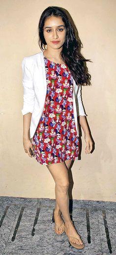 Shraddha Kapoor at the screening of 'Humpty Sharma' Ki Dulhania'