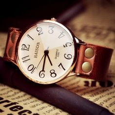 Women's Leather Watch (W0103). $16.99, via Etsy.