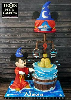 Mickey Cakes, Mickey Mouse Cake, Mickey Mouse Birthday, Gravity Cake, Gravity Defying Cake, Cupcakes, Cupcake Cakes, Fondant Cakes, Gorgeous Cakes