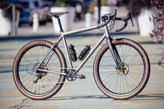 Golden Saddle Rides: Tom's Moots Routt 45 is Ready To Rip | The Radavist