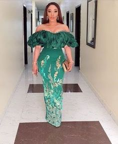 Aso Ebi Styles That Will Inspire You This Weekend - African Fashion Dresses Aso Ebi Lace Styles, Lace Gown Styles, African Lace Styles, African Lace Dresses, Kente Styles, African Fashion Dresses, African Style, Nigerian Fashion, Ghanaian Fashion