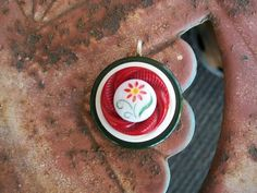 Vintage button pendant red green white with by Suddendeersighting, $21.00