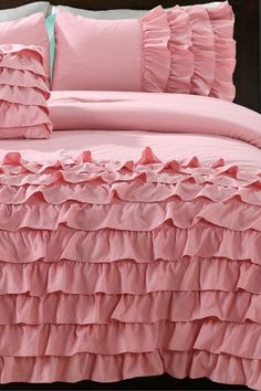 @Bettina Duque , would you like one? :) ...  Flamenco Taylor 4 Piece Comforter Set - Country Pink by NMK on @HauteLook
