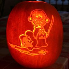 Death Pumpkin Carving Charlie Brown as Freddy Krueger Friday the 13th chopped off Lucy's head