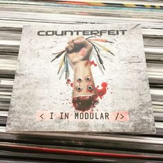 Musicatanta musica in vendita al VINYL STORE a Bra ( CN ITALY) venite! #vinylstore #veniteatrovarci #vinylstyle #vinylrecord #vinylseller #musica #musicshop #negoziodimusica #buonamusica #goodmusic #recordstore #cd #album #counterfeit #counterfeitrock #counterfeitlove #inmodular #cool #cover #rockmusic #rockstar #rockstyle @geekingonmusic @renotho @vinylwife @vinylandtea @vinylcollection @the_vinyl_generation by vinyl_store_