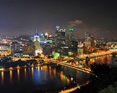 Read about the city's iconic buildings, such as the US Steel Tower, and learn where to take the best Pittsburgh skyline pictures. The Places Youll Go, Places To See, Pittsburgh Skyline, Pittsburgh Steelers, Pittsburg Pa, Ohio River, San Francisco Skyline, New York Skyline, Beautiful Places
