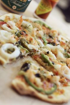 How To Make Jamie Oliver's 'Cheat's' Pizza In 30 Minutes . Basic Pizza Recipe In 2019 Pizza Dough Bread Recipe . Bisquick Quiche Recipe, Bisquick Recipes, Quiche Recipes, Pizza Recipes, Easy Dinner Recipes, Seafood Recipes, Dessert Recipes, Casserole Recipes, Cake Recipes