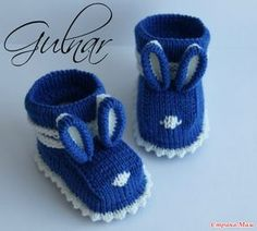 This Pin was discovered by MAR Crochet Boot Socks, Crochet Baby Boots, Crochet Baby Sandals, Knit Baby Shoes, Knit Baby Dress, Knit Baby Booties, Crochet Bolero Pattern, Crochet Baby Hat Patterns, Knit Baby Sweaters