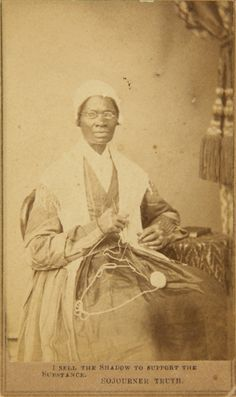 Carte de visite di Sojourner Truth, 1864. - (UC Berkeley art museum and Pacific film archive/Darcy Grimaldo Grigsby)