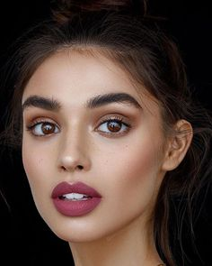 Outstanding makeup inspo tips are offered on our website. Take a look and you will not be sorry you did. Pixi Beauty, Beauty Make-up, Beauty Hacks, Hair Beauty, Beauty Expo, Beauty Awards, Makeup Inspo, Makeup Inspiration, Makeup Tips