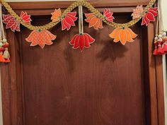 Diwali Decorations At Home, Door Hanging Decorations, Ganpati Decoration At Home, Festival Decorations, Flower Decorations, Diy Home Crafts, Diy Arts And Crafts, Creative Crafts, Diwali Craft