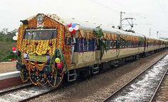 Marikuppam-Bengaluru passenger train was launched in Kolar, Karnataka by Union Minister for Railways Mallikarjun Kharge on Saturday - KPN