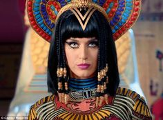 Katy Perry Evil Queen | Other worldly: If Katy was in fact a queen, it's probable that her ...