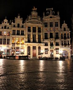 Grand Place, Brussels | Belgium by Nacho Coca.