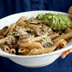 Pesto Mushroom Pasta Simple Mushroom Penne with Walnut Pesto - made with easy ingredients like Parmesan cheese, whole wheat penne, mushrooms, garlic, and butter. Easy Pasta Recipes, Easy Meals, Dinner Recipes, Vegetarian Recipes, Cooking Recipes, Healthy Recipes, Vegetarian Bacon, Cooking Corn, Cooking Beets