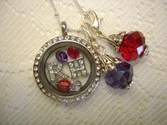 For the Red Hat ladies out there!  http://dreambig.origamiowl.com/