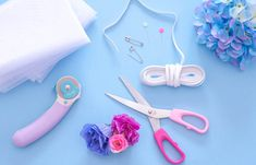Long live the scrunchie! Diy Crafts Magazine, Frankie Magazine, Kawaii Diy, Accesorios Casual, Diy Accessories, Beauty Trends, Sewing Projects, Long Live, Diy Ideas